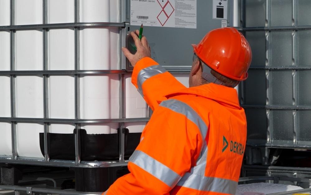 Regulacion Almacenamiento Productos Quimicos