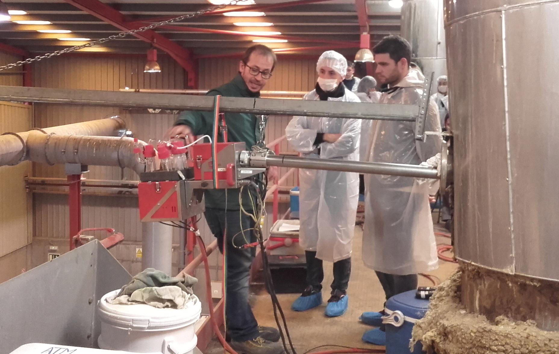 Joan Querol, Director Técnico Del Dpto. De Atmósfera De DEKRA Industrial, Imparte Un Ciclo De Educación Y Control Ambiental En El INS Escola De Treball De Lleida