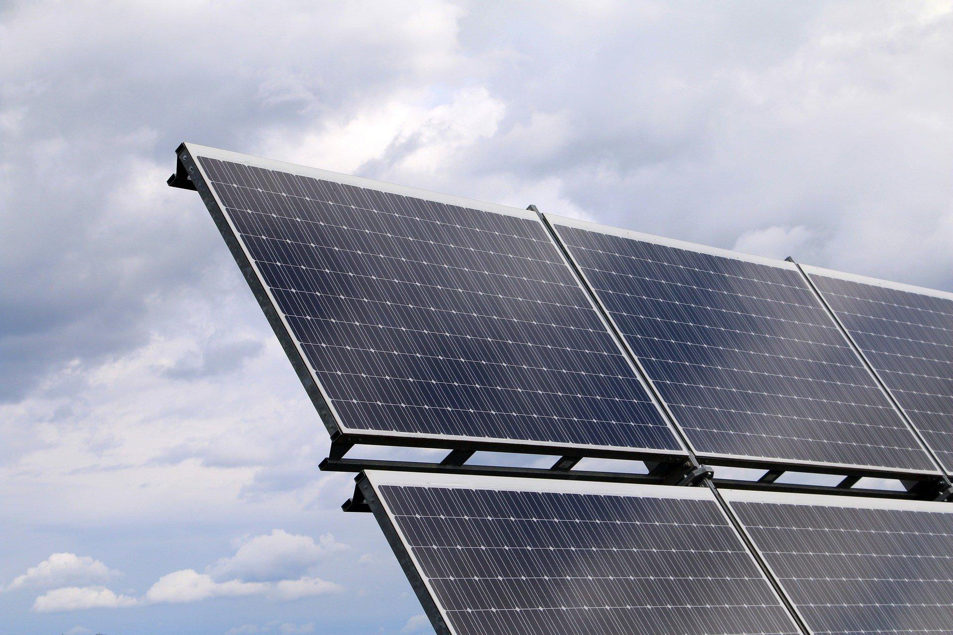 Los Proyectos Que Usen Como Recurso Los Combustibles Fósiles Dejarán De Ser Financiados Por El Banco Europeo De Inversiones (BEI)